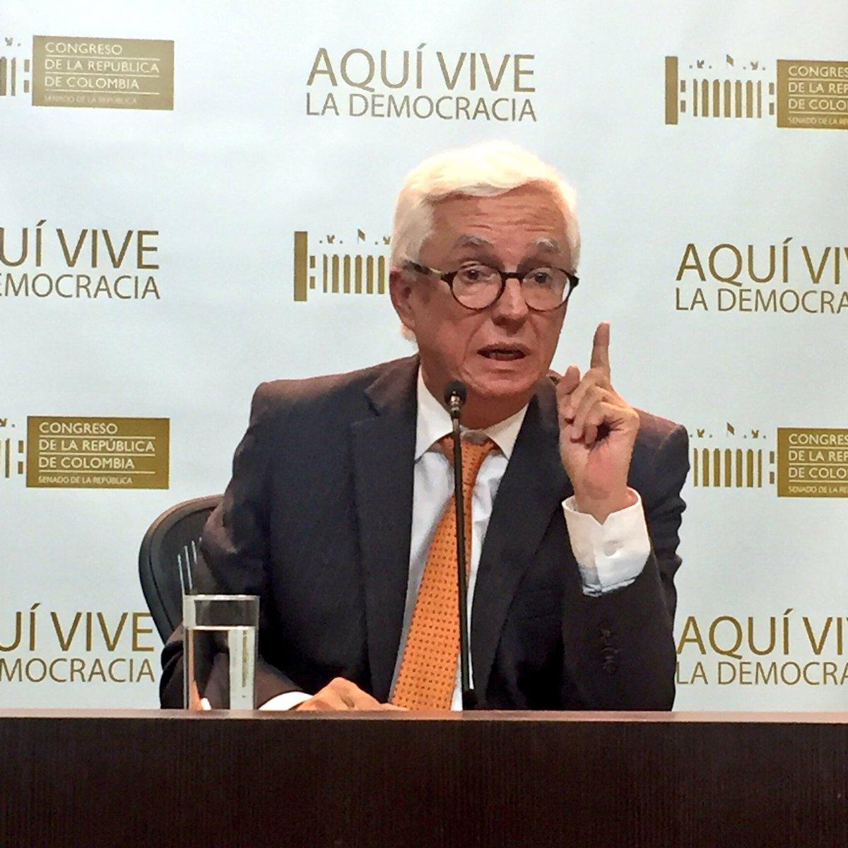 El Fiscal Martínez y su familia tienen 10 empresas con más de 22 nombr...