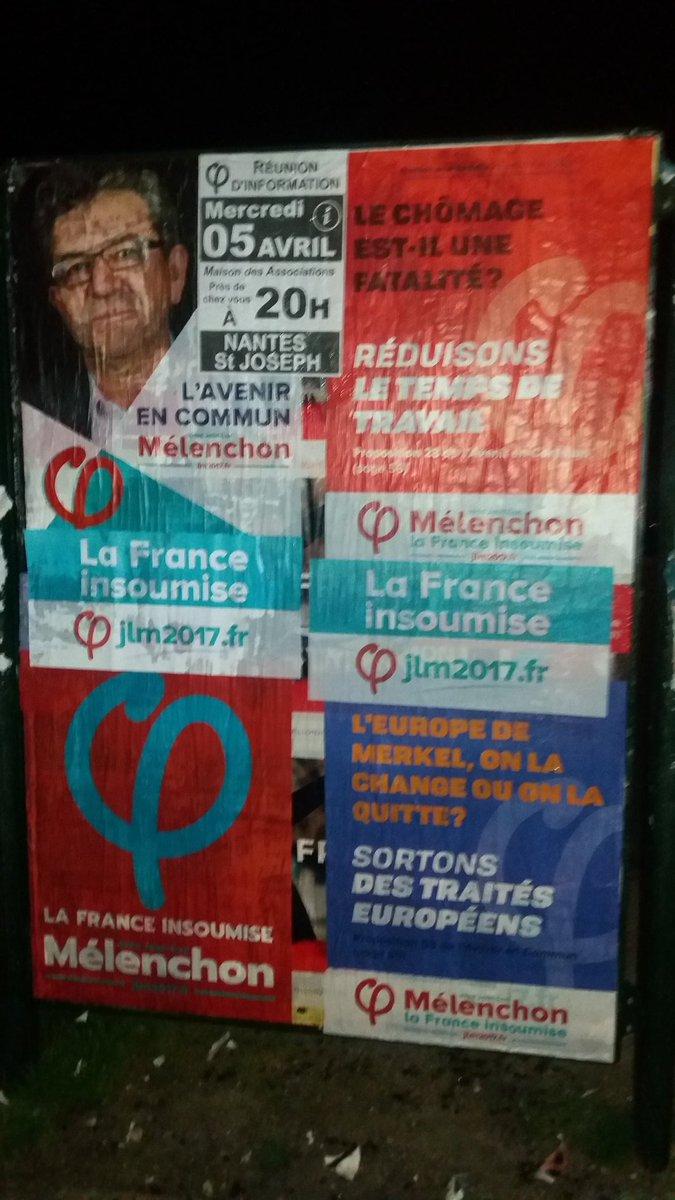 Retour de collage nocturne à #Nantes Passage juste après #macron2017 qui venait de recouvrir #Fillon2017  Les #insoumis   #jlm2017 #phi<br>http://pic.twitter.com/Vc9EMnCBGy