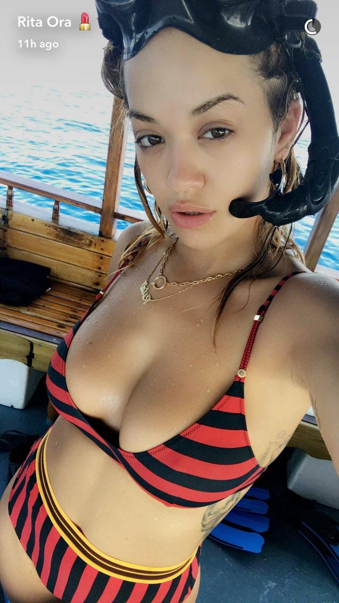 Cleavage Rita Ora naked (82 photos), Tits, Is a cute, Feet, in bikini 2018