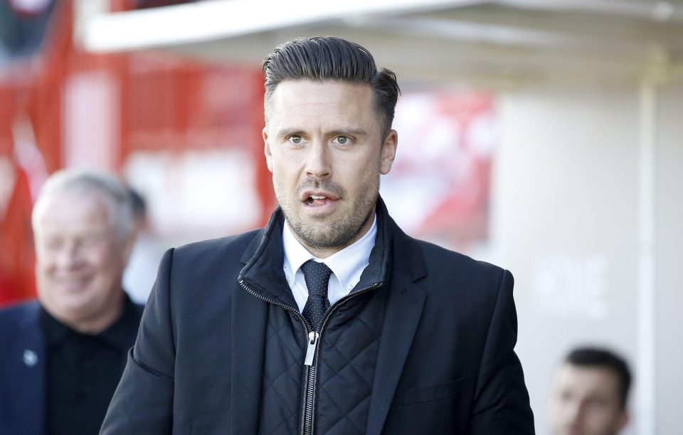 Leyton Orient manager Danny Webb to resign from crisis club after bust...