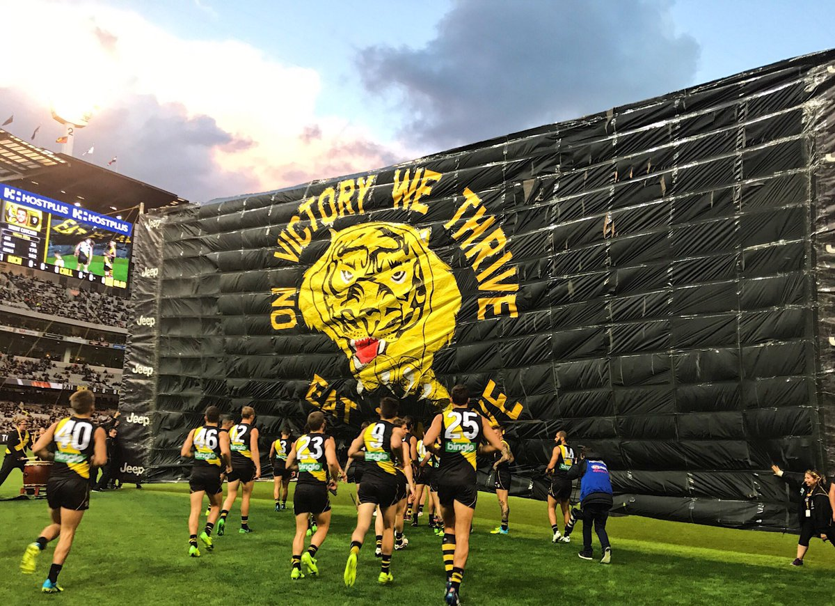 On victory we thrive Eat 'Em Alive  🐯⏰  #AFLTigersPies #gotiges https:...