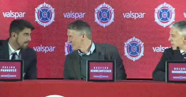 Un cronista chiede a Schweinsteiger se i Chicago Fire possono vincere i Mondiali - https://t.co/DfRNZdGjZR #blogsicilianotizie #todaysport