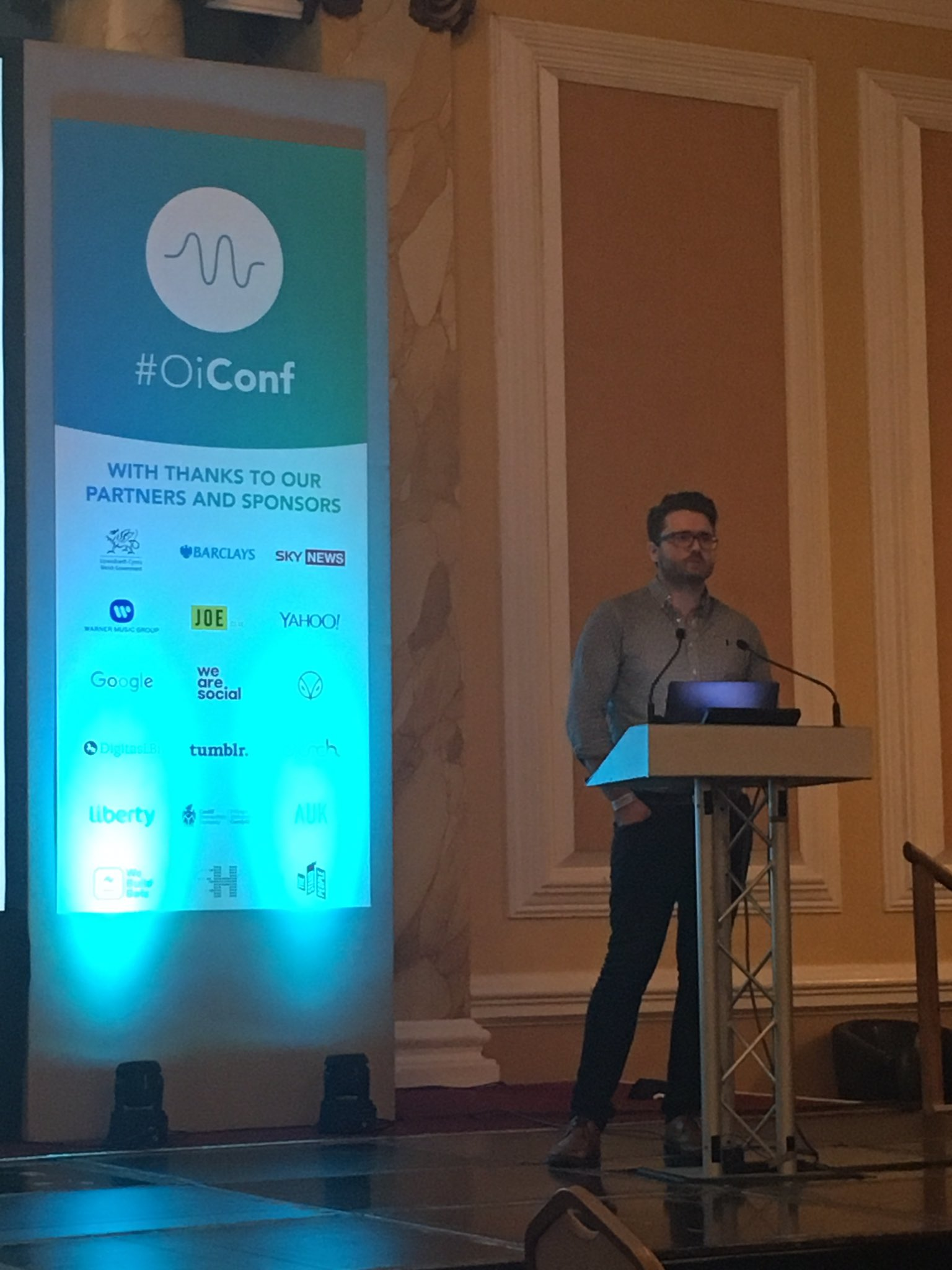 Gareth Morgan talks about advanced audience targeting to attract and retain your target market  #OiConf #audiencetargeting #marketing https://t.co/qwP31hcwnK