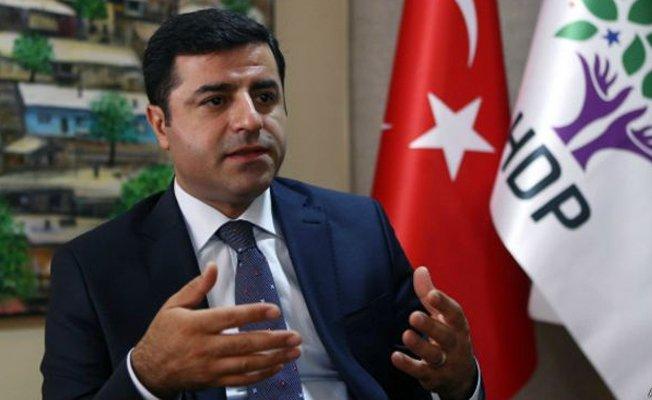 HDP Eş Genel Başkanı Selahattin Demirtaş açlık grevine başlıyor  https...