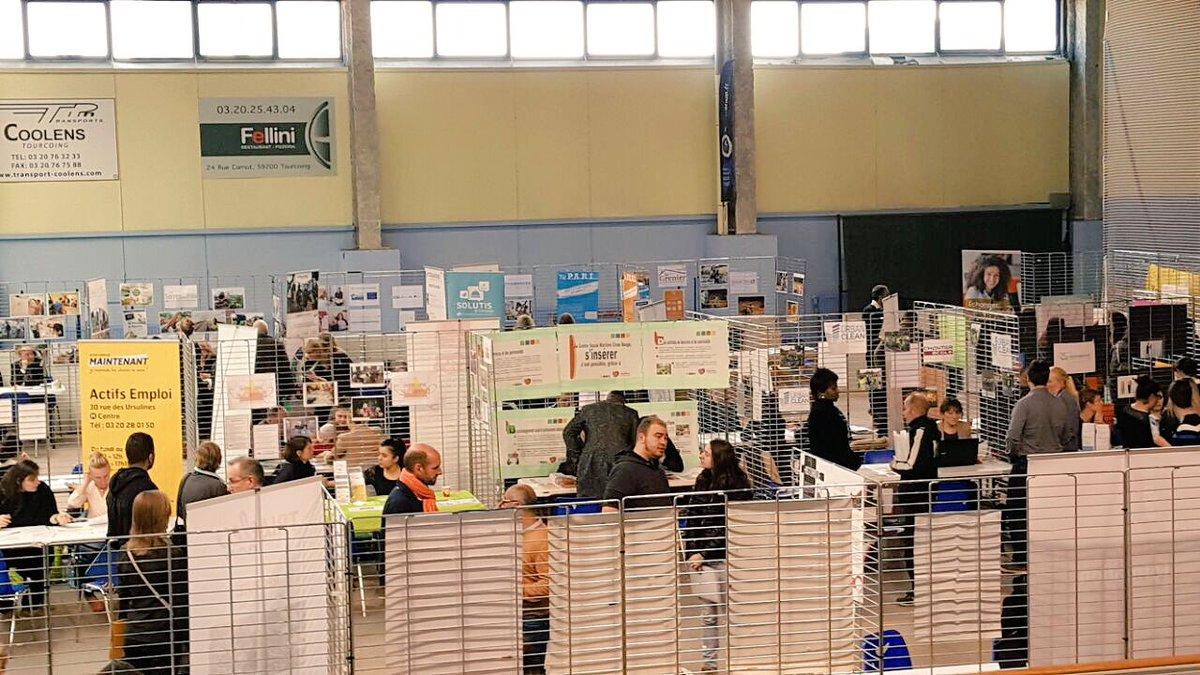 Forum #insertion professionnelle à @TourcoingVille organisé par le CCAS en lien avec le Département @lenord et tous les partenaires. #emploi <br>http://pic.twitter.com/129w07dFp8