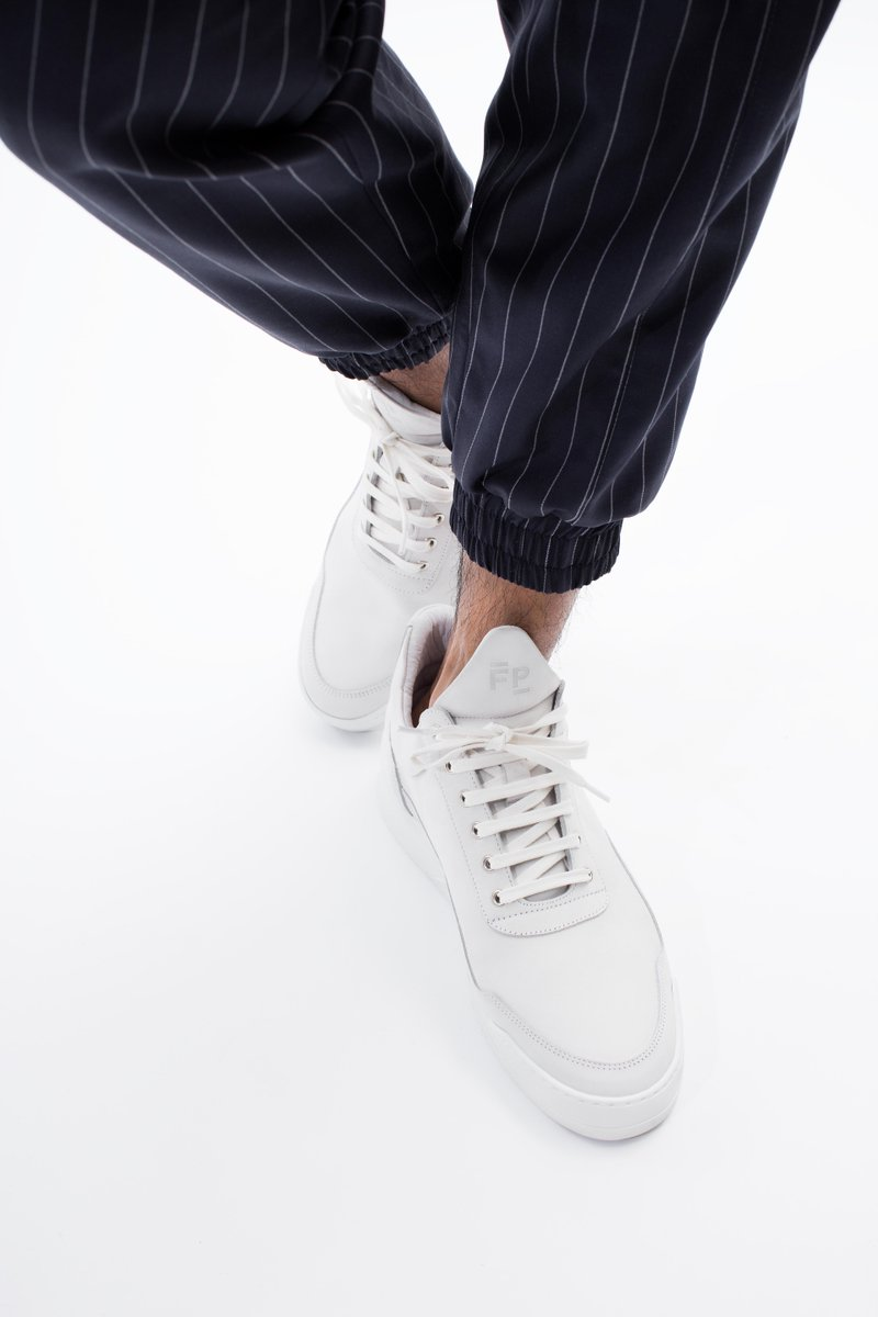 7938b540ede Filling Pieces on Twitter: