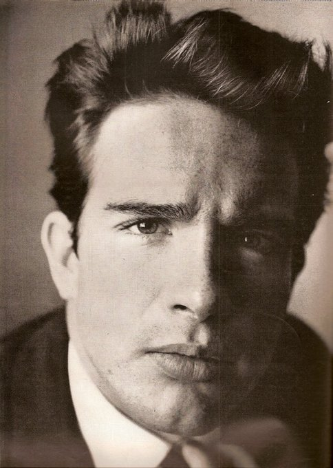 Happy Birthday, Warren Beatty! Born 30 March 1937 in Richmond, Virginia