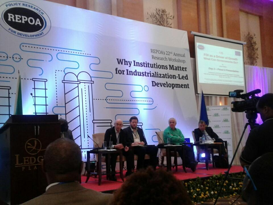 #ARW2017 panel- Institutions & their design for industrialisation @REPOA @EPRC_official @UNUWIDER Prof. Pritchett need more on capabilities https://t.co/SeNP3zFhL2