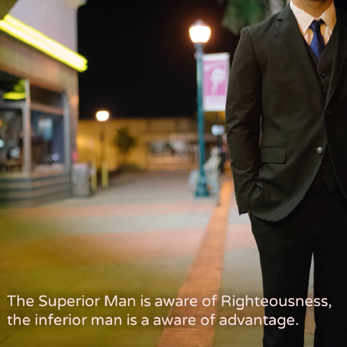 The #SuperiorMan is aware of #Righteousness, the inferior man is a aware of #advantage.  #FridayEve<br>http://pic.twitter.com/HIe4FpU8bV