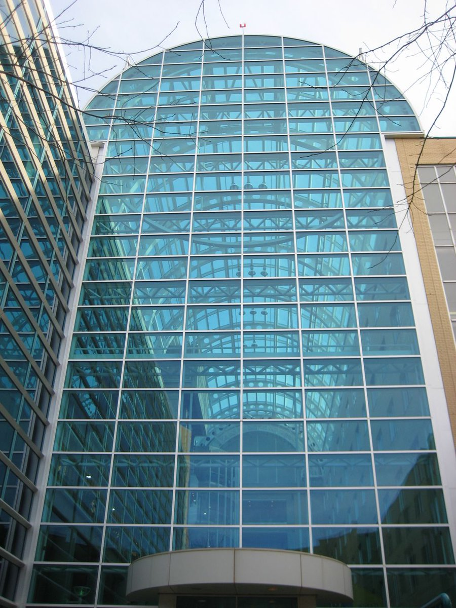 #TBT to 1992 - 13,000m of #SuperSpacer went into a glass atrium at Royal Alexandra Hospital in Canada. No IGUs replaced even after 25 years! <br>http://pic.twitter.com/6rVldKKkiF
