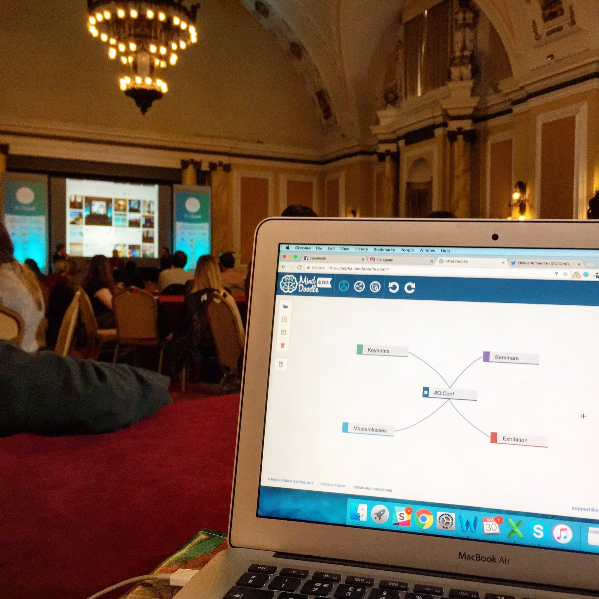Doodling notes at #OiConf! #mindmap #online #influence https://t.co/C27XjrCozj