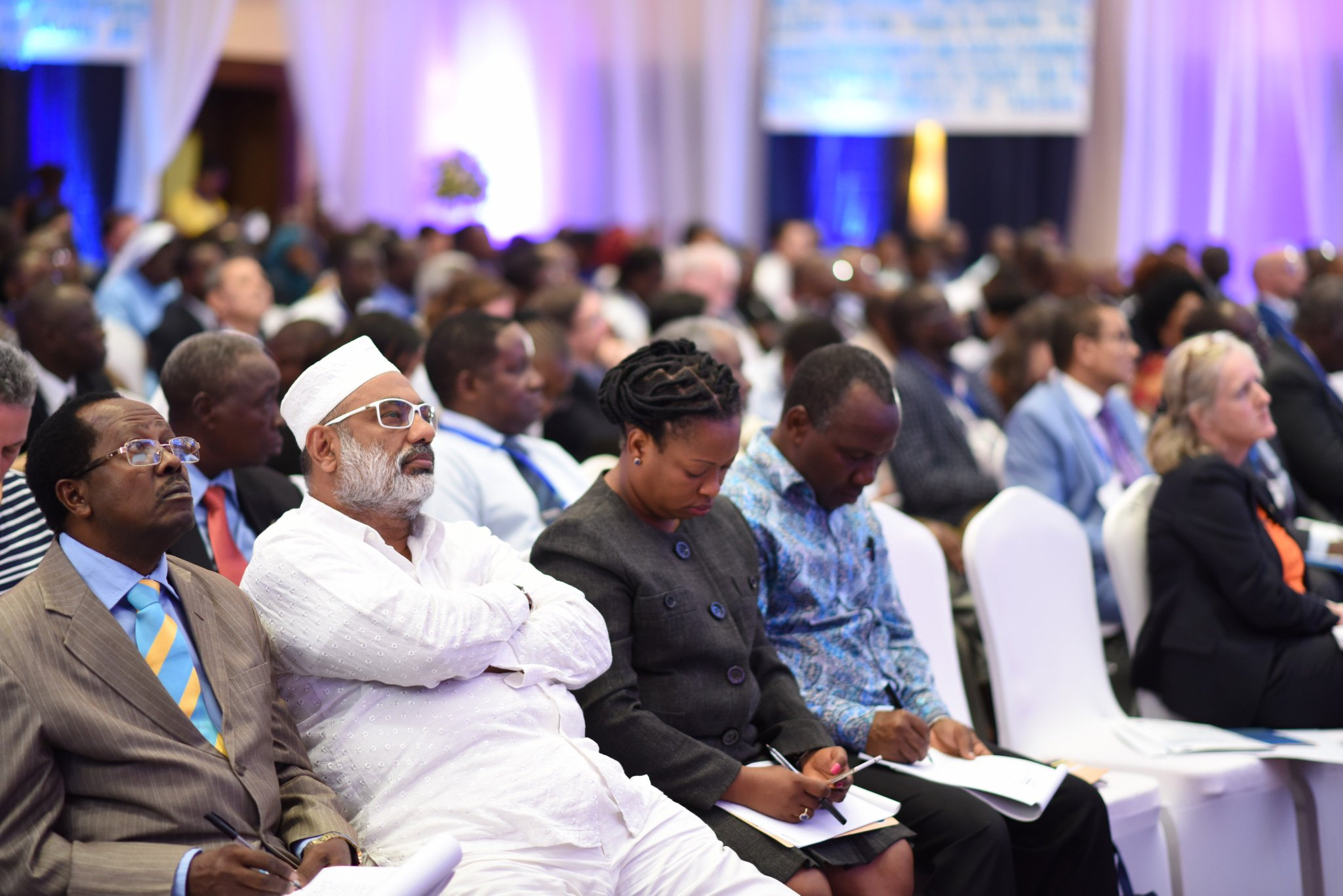 Thank you for participating actively online #ARW2017 @MariaSTsehai @DewjiFoundation @zittokabwe @Udadisi @The_IGC @CRDBBankPlc @EUinTZ https://t.co/ek8DaUr4t4