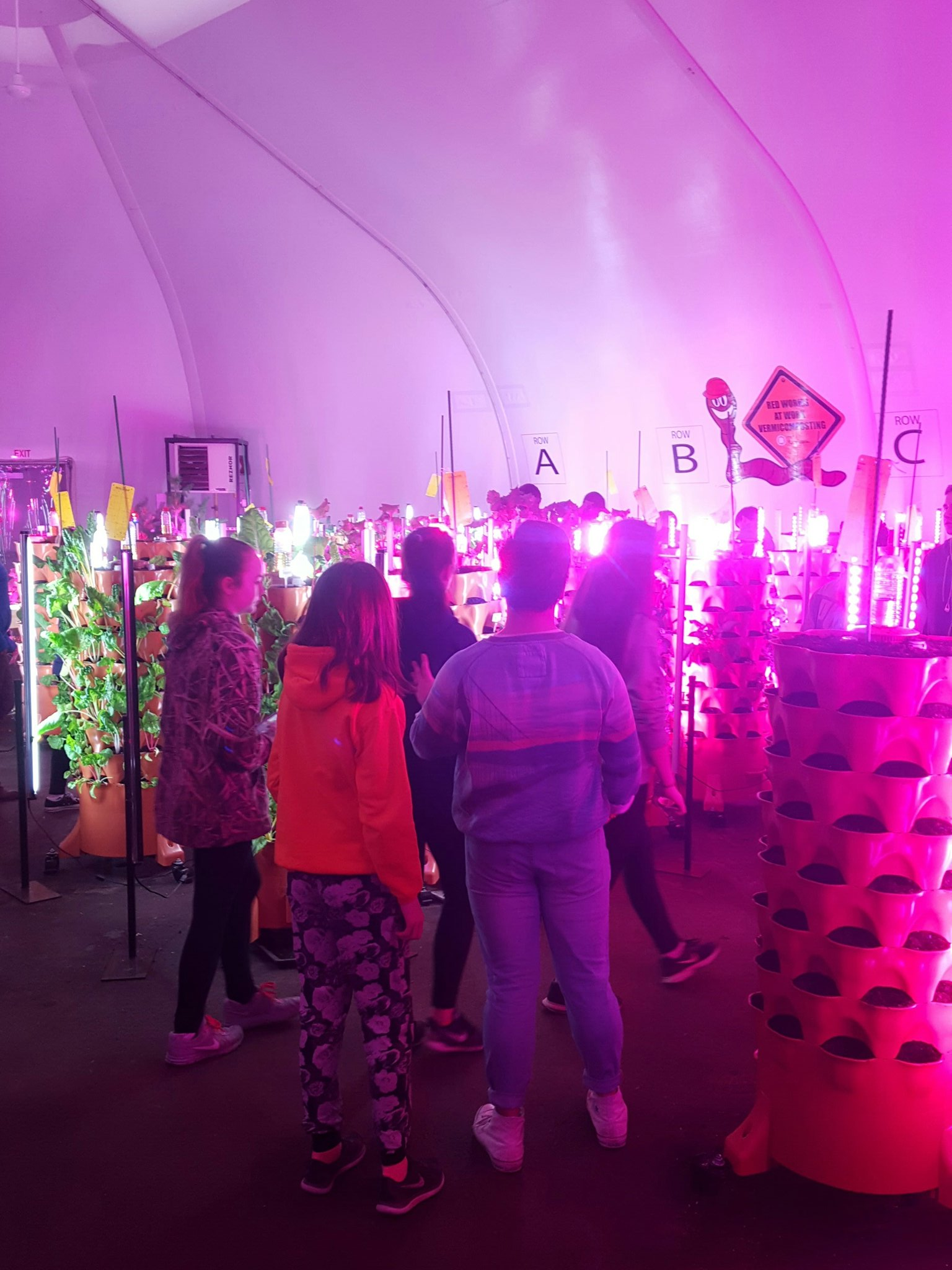 We got an invite to the plant party at the @ReginaFoodBank !! Students are fascinated #allofthelights @oneilltitans https://t.co/fGMU9OLDIQ