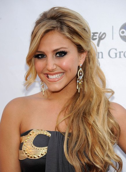 Happy Birthday Cassie Scerbo