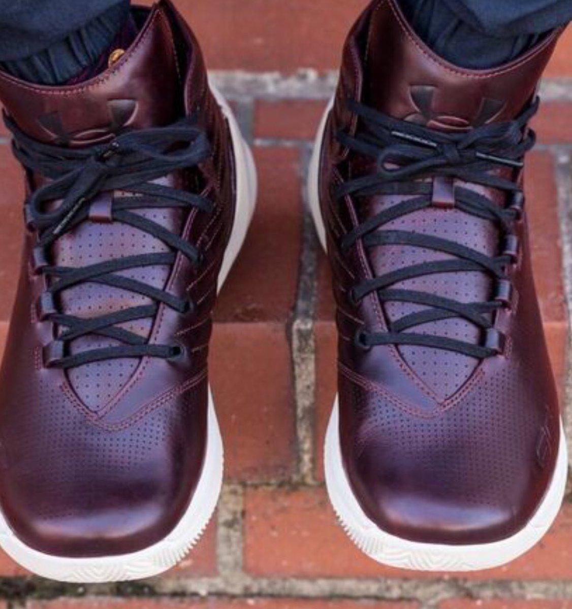best service 58eb6 8c235 under armour has given the new curry lux oxblood colorway to players from south  carolina the