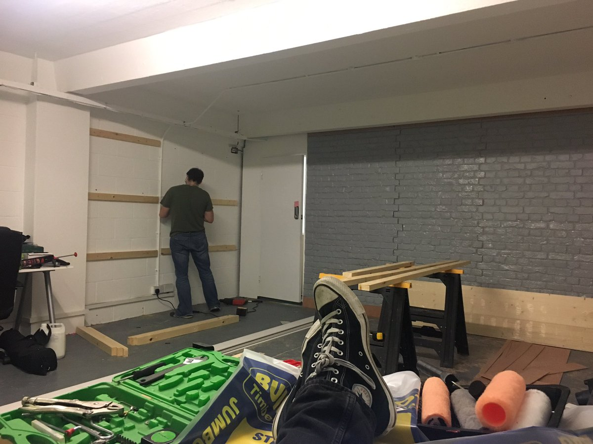 paul fackrell paulfackrell1 twitter my management style new disruptive studio build coming along swimmingly put your back into it mrdavidorgan pic twitter com mgk4j6gtwb