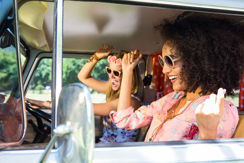 Check out our top 10 sing-along anthems you should have on your #roadtrip #playlist  http:// buff.ly/2myLI9u  &nbsp;  <br>http://pic.twitter.com/pqrziEuOZz