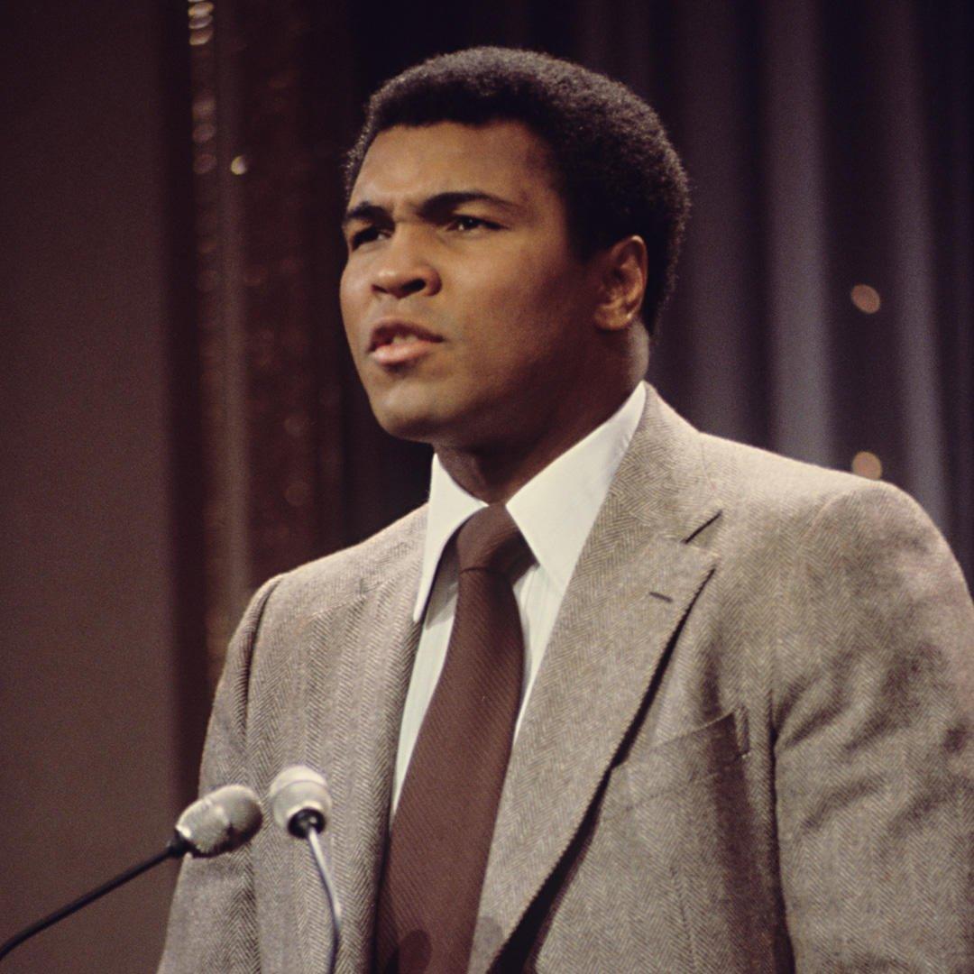 """""""Nothing is wrong…But something ain't right."""" #MuhammadAli https://t.c..."""