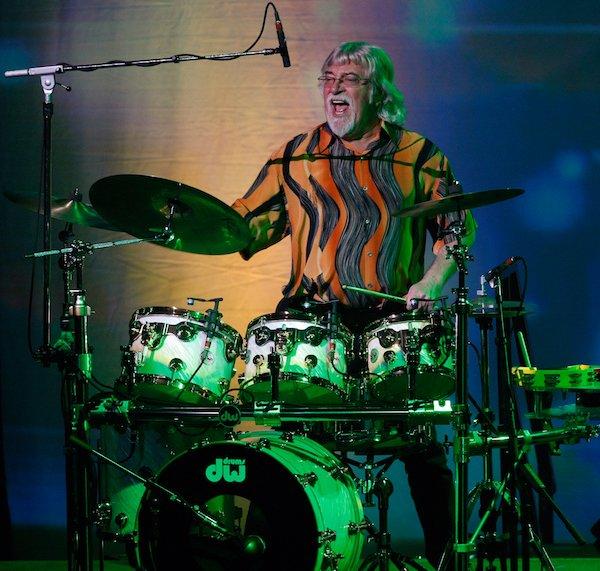 Happy Birthday to drummer Graeme Edge! Keep on rocking