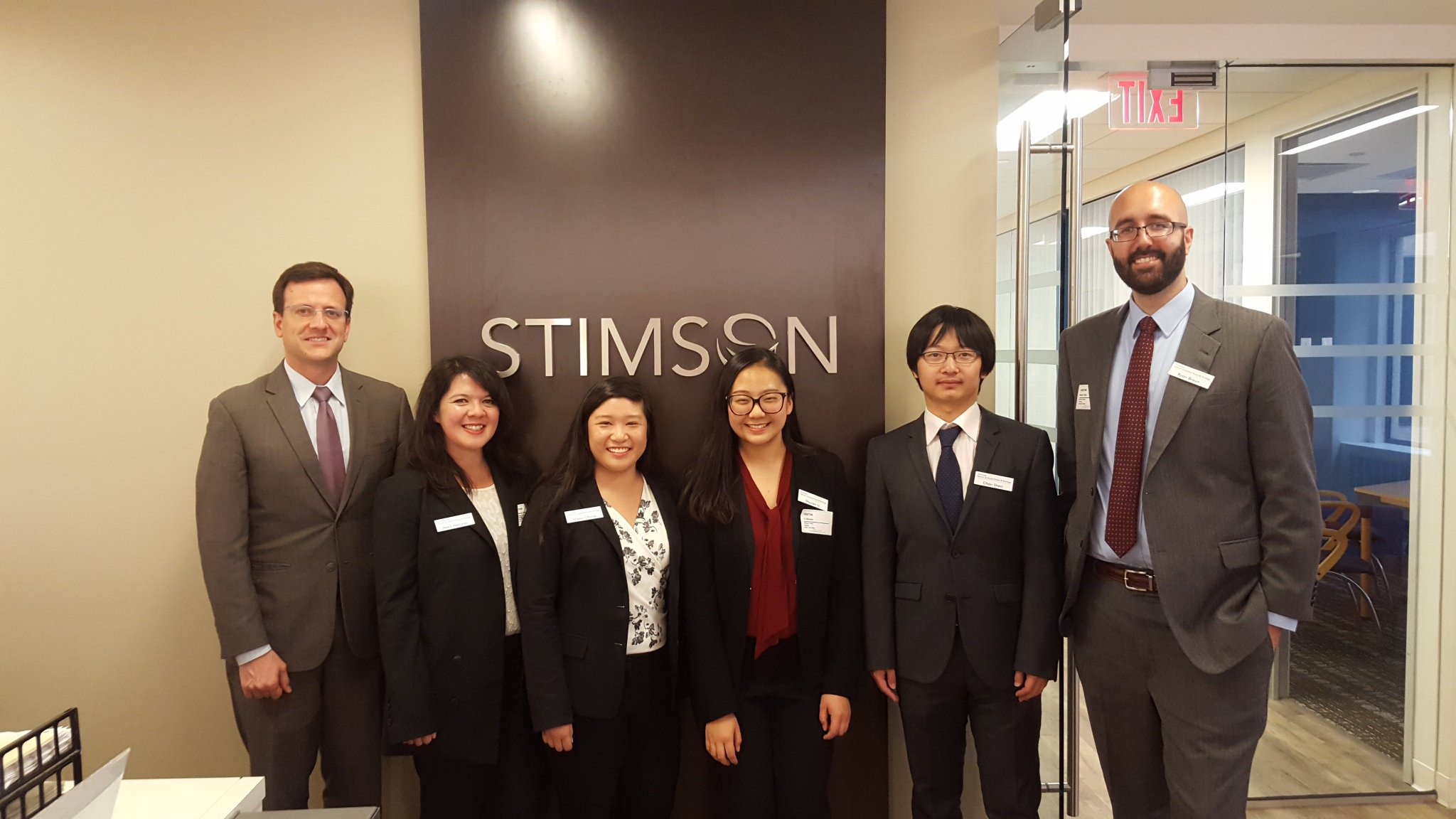 So fun seeing the ins and outs of a #thinktank like @StimsonCenter, too, as part of our employer visits in #WashingtonDC! https://t.co/HQr45R2w7g