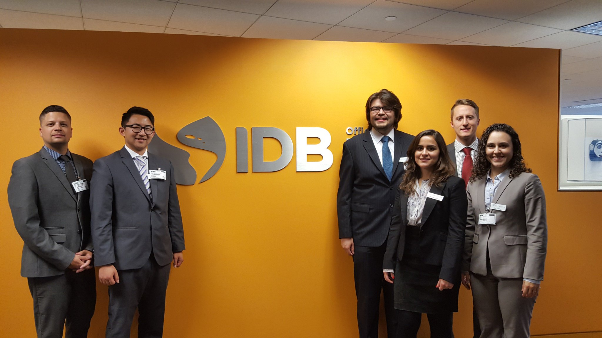 Students also wandered over to Inter-American Development Bank today in #WashingtonDC. Thanks for having us, @the_IDB! https://t.co/1z2zeJDDOl