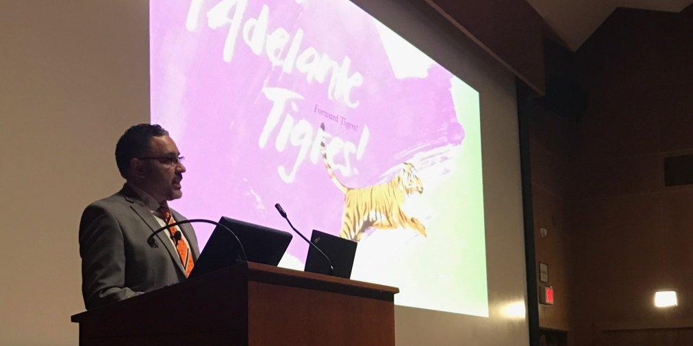 """My story is about knowing that no one does it alone."" José Quiñonez *98 @JQ_MAF #AdelantePrinceton #PrincetonU https://t.co/EmoWapSXAm"