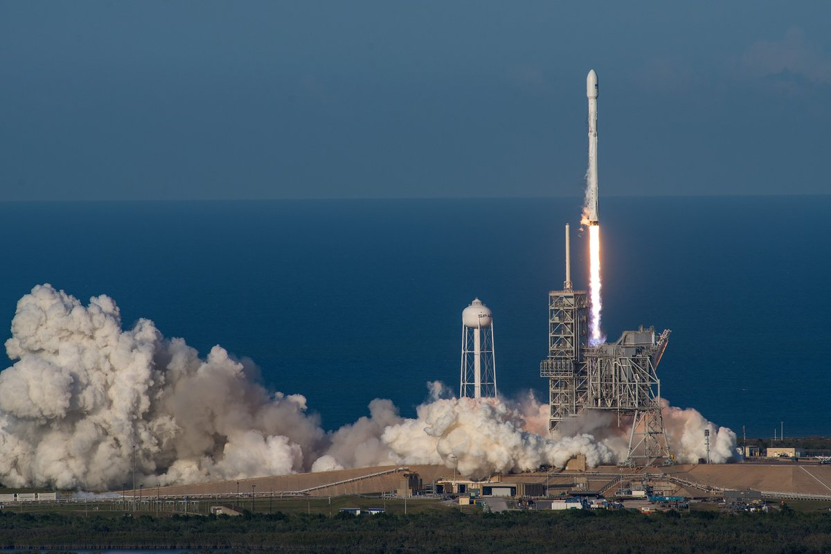 SpaceX On Twitter More Photos From Todays Falcon 9 Launch And