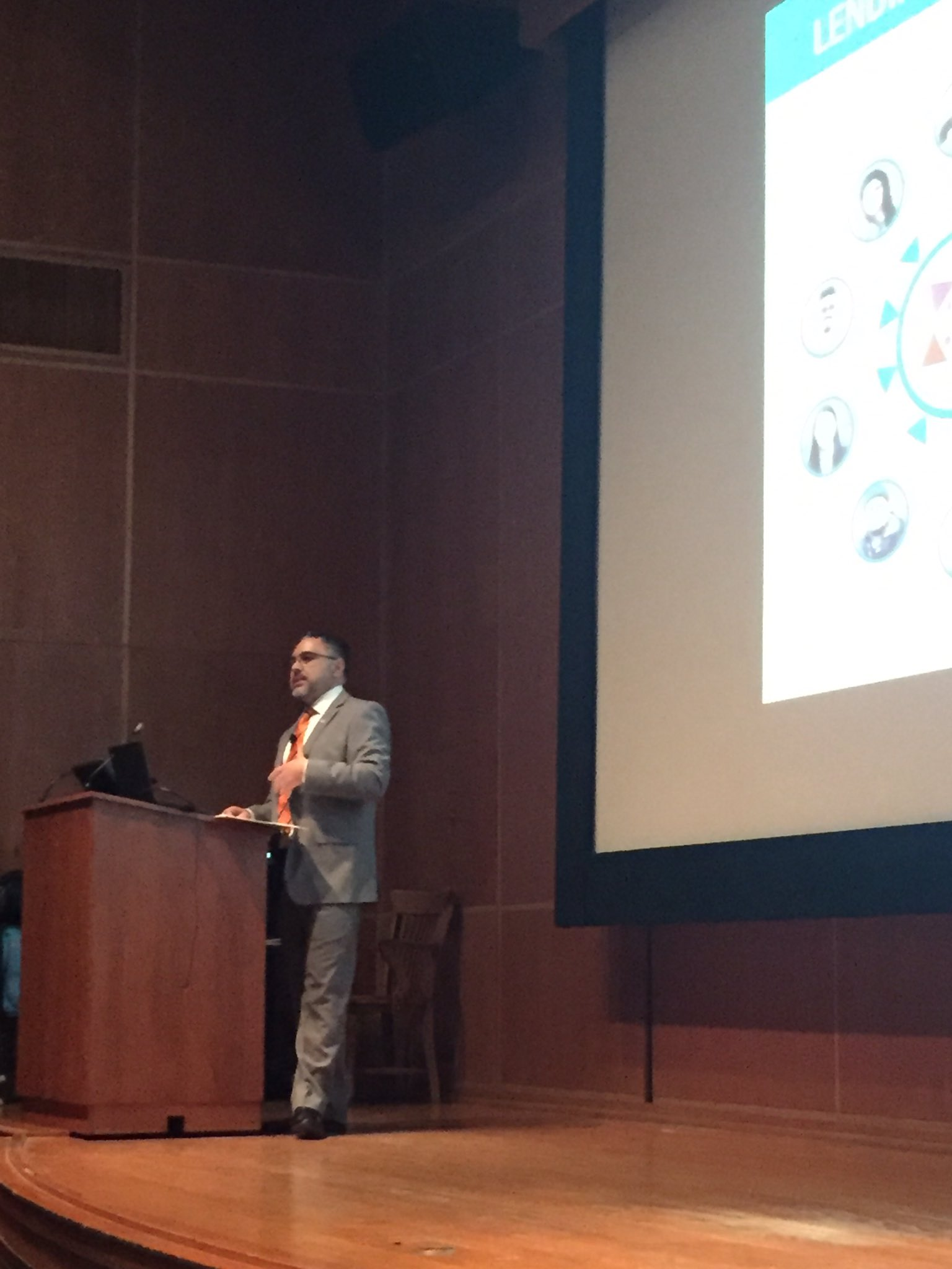 Immigrant, Princeton Alumnus, Genius - Jose Quinones of the @MAFpajarito kicking off #AdelantePrinceton @princetonalumni @Princeton https://t.co/h1E1Zb20iX