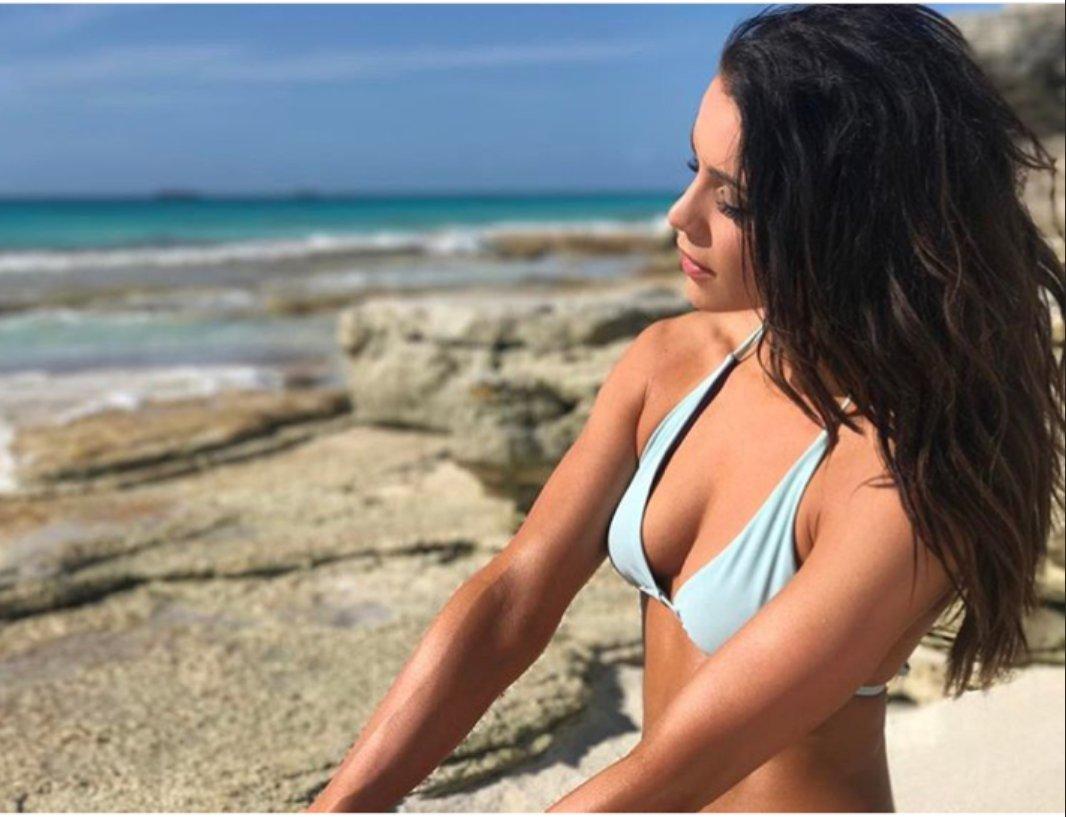 images Elizabeth ruiz nude white famous 2019 s01e01