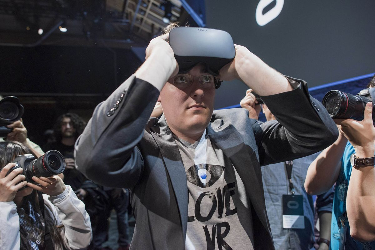 Oculus Founder Exits Facebook After Criticism on Election Memes