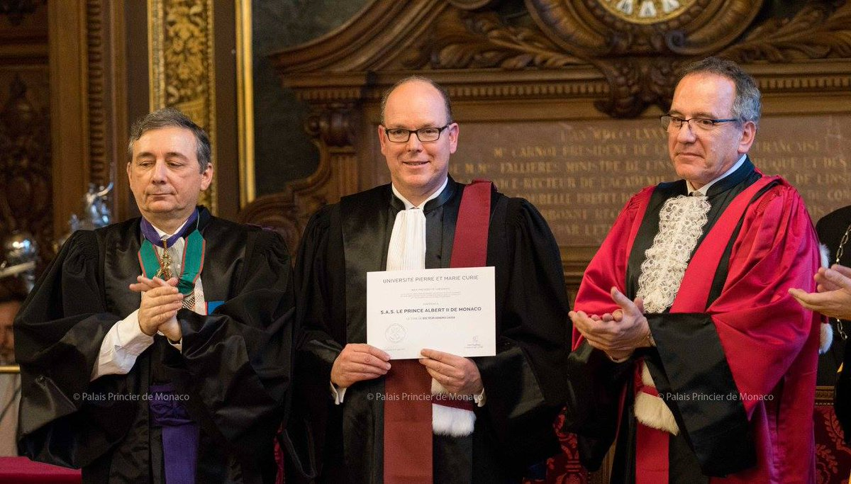#SASPrinceAlbertII de #Monaco received Title of &quot;Doctor Honoris Causa&quot; at #LaSorbonne #Paris #Cotedazurfrance #CotedAzurNow #FrenchRiviera<br>http://pic.twitter.com/dqEVZhsjEa