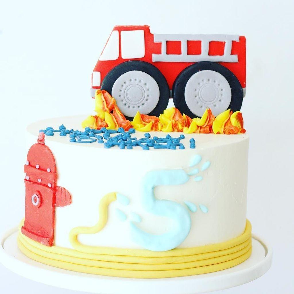 S On Fire For This Cute Monster Firetruck Cake I Hope The Kid Loved His Monstertruckcake Firetru Ifttt 2oHjA55 Pictwitter