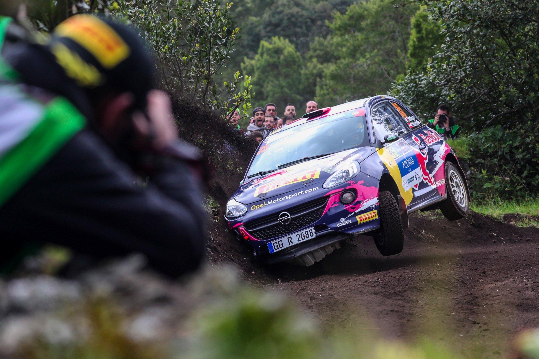 Rally Azores 2017 ERC - Página 2 C8QN4suWsAIA0HD