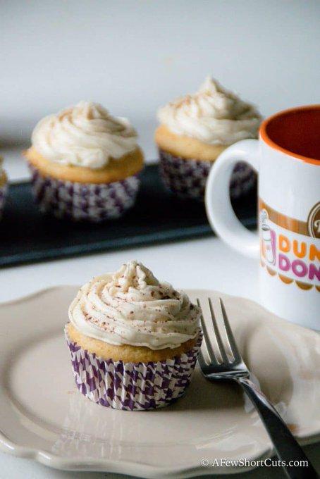 Vanilla Latte Cupcakes With Coffee Buttercream