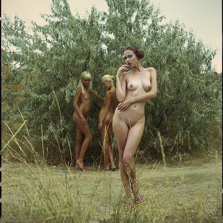 Видеосъемки голых женщин
