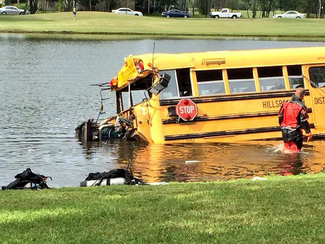 Hillsborough County school bus driver who crashed into pond ruled not guilty