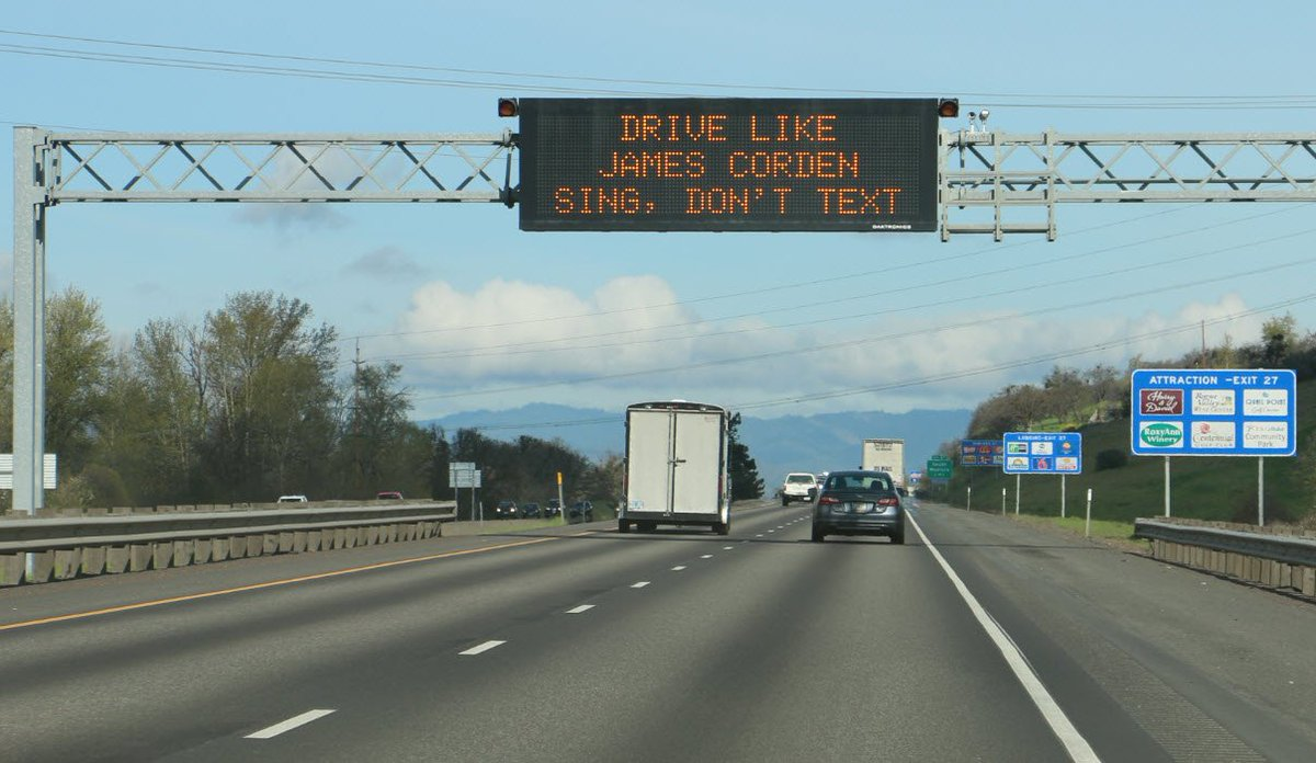 #CarpoolKaraoke OK, Texting while driving not ok! @latelateshow @JKCorden https://t.co/Tf6qaVGbTD