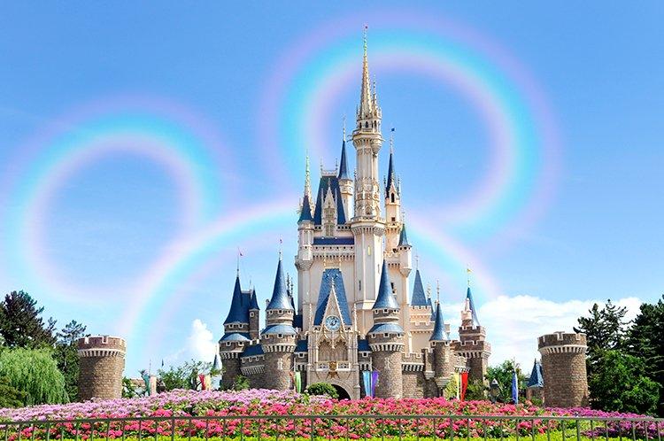 【観測史上初の虹が出現!?】非常にめずらしいこの虹は「スリーサークル・レインボー」といい、なかなか見られないのだそうです。 https://t.co/SEnvnqPvio  #エイプリルフール https://t.co/7TVTcExxqf