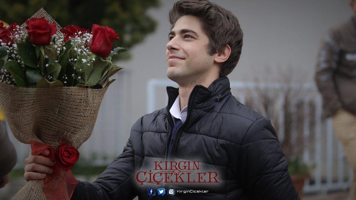 Kırgın çiçekler On Twitter Meral Merti Affedebilecek Mi