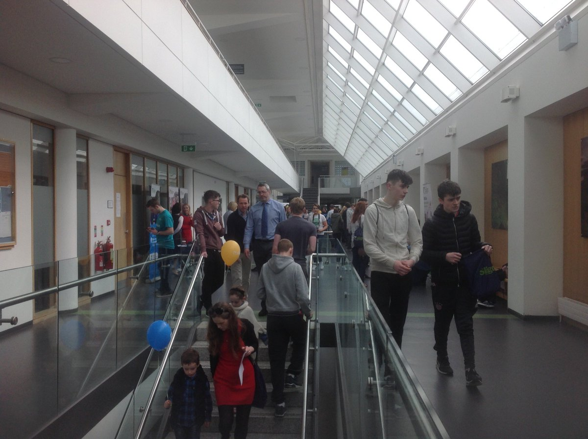 .@itsligo hive of activity for #cao17 Open Day in contrast to #silentstudy atmosphere in the library this morning #greatwork on all fronts!<br>http://pic.twitter.com/13MbByzATi