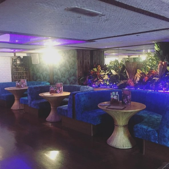 Who wants to win one of our brand new VIP booths tonight? Simply retweet & quote your favourite cocktail! Winner announced at 5pm!