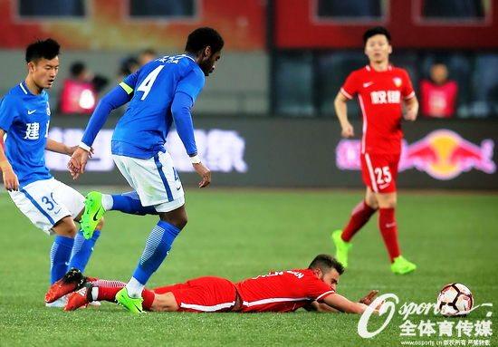 Жуниор Мораес провел дебютный матч за Тяньцзинь Цюаньцзянь - изображение 1