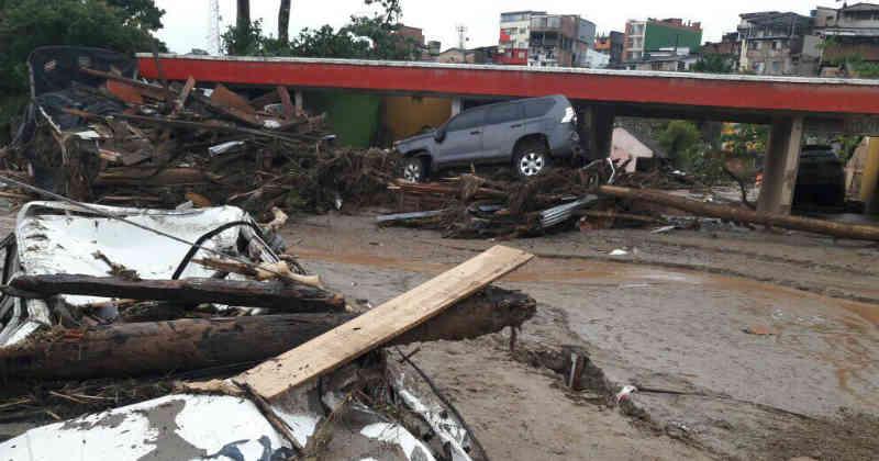 Tragedia in Colombia: frana per la pioggia devasta Mocoa, centinaia le vittime | FOTO VIDEO