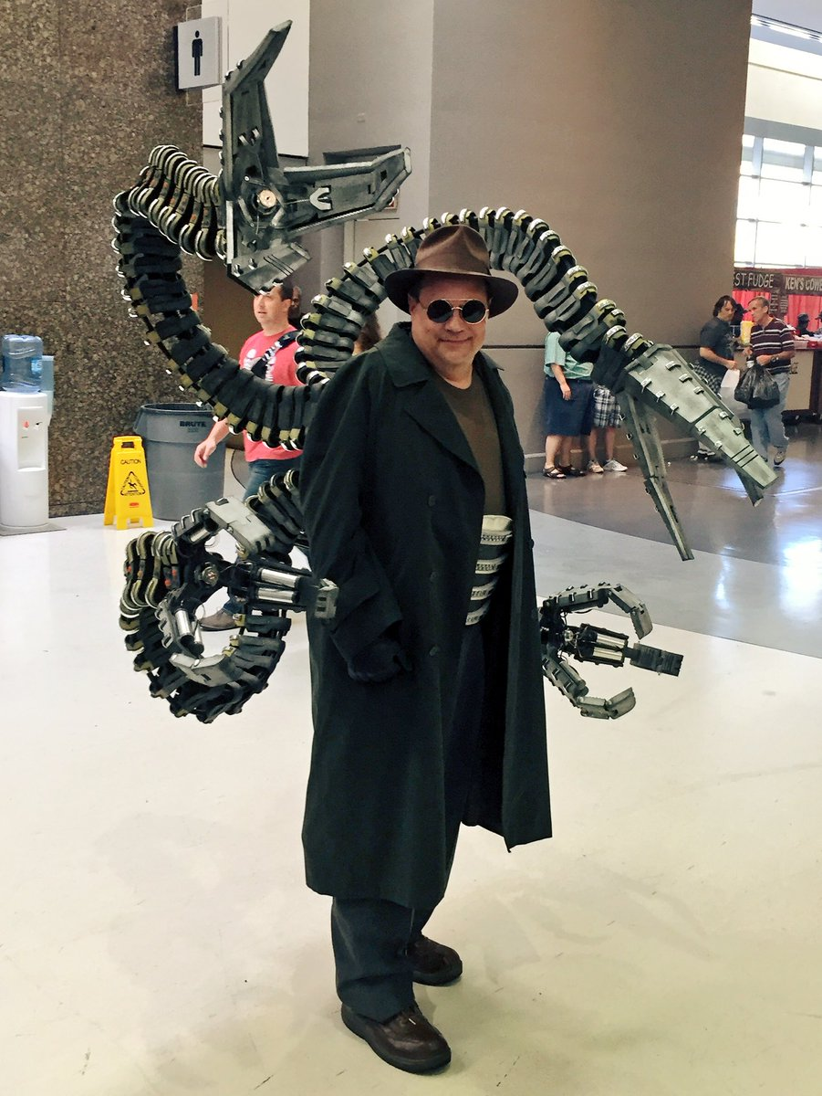 Geeks Of Color On Twitter This Doc Ock Cosplay Is Fire