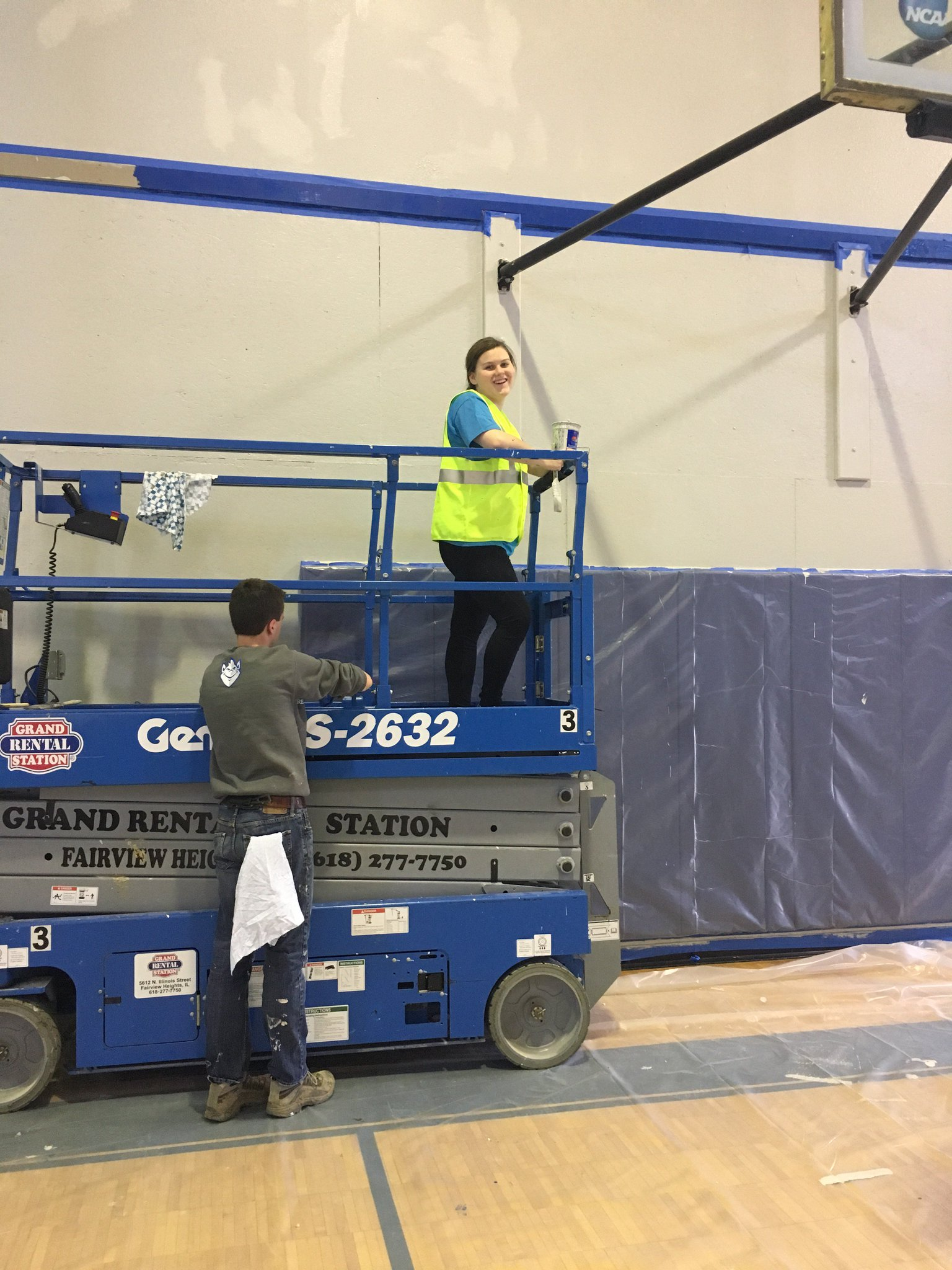 Starting to finish up in the gym at the CAC! #ServiceDay https://t.co/hGlJD2egS7