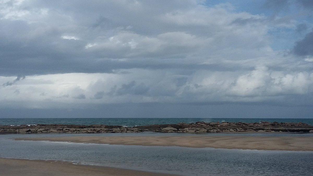Camurupim antes da chuva. #praiasdorn #turismorn #cvcviagenspic.twitter.com/YzVK9IEPys