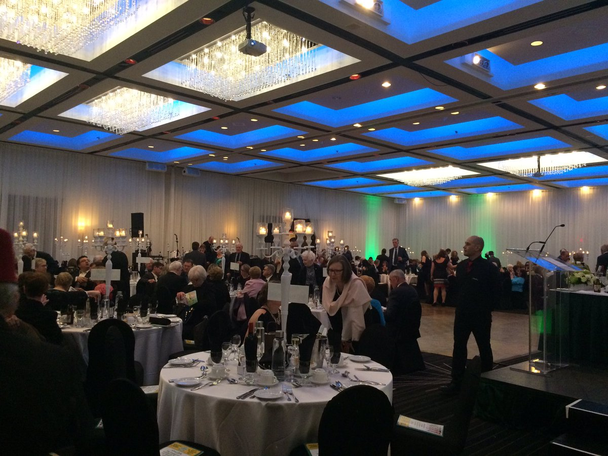 Karnak Shriners على تويتر At The Annual Uismtl 194th Mtlstpaddys Banquet And It S A Special Year With 375th Of Mtl Ville Deniscoderre