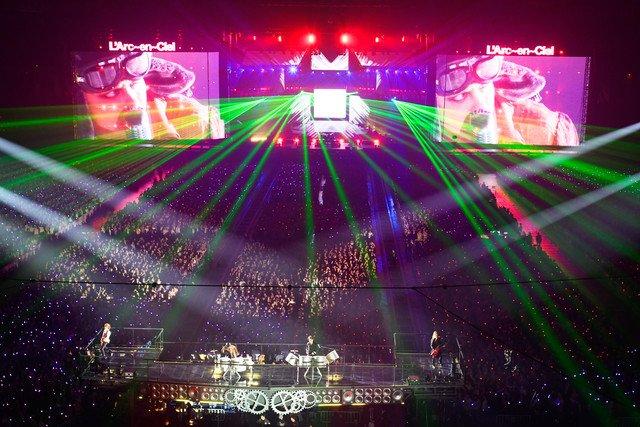 俺たちを待ってたんだろ? 11万人圧倒したL'Arc-en-Ciel結成25周年ライブ https://t.co/nP1QkcjRTa #larcenciel