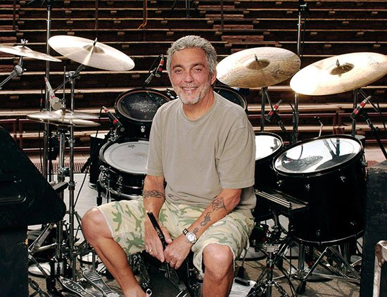 Happy birthday to one of the greatest drummer, Steve Gadd!