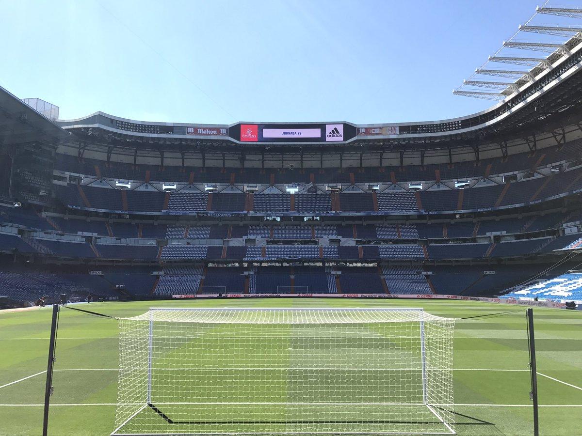I missed you    #RealMadrid #HalaMadrid #ElBernabéu <br>http://pic.twitter.com/DBI79oodQ5